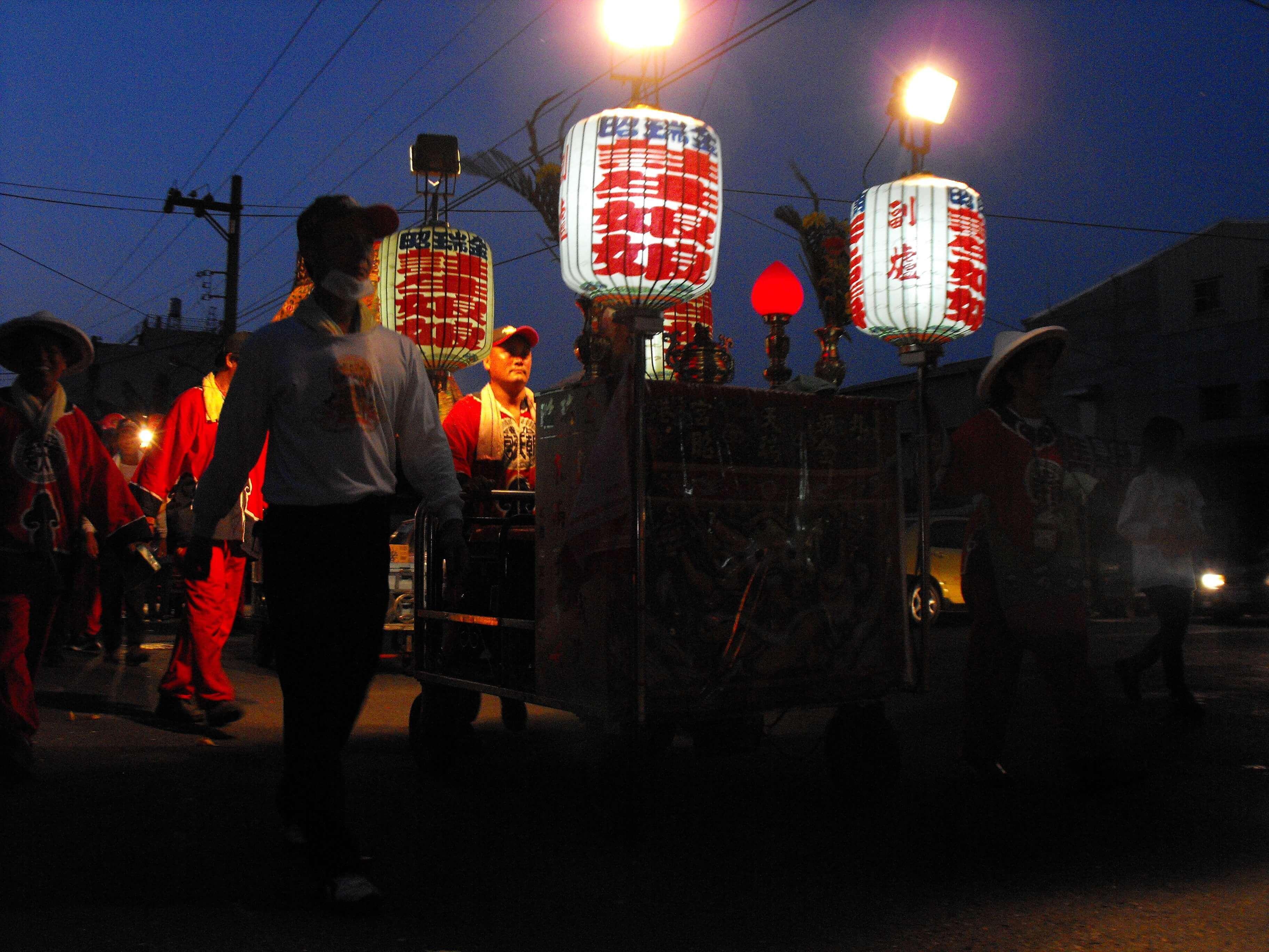 2010年 金瑞昭註生娘娘香案車(吳政賢 攝)