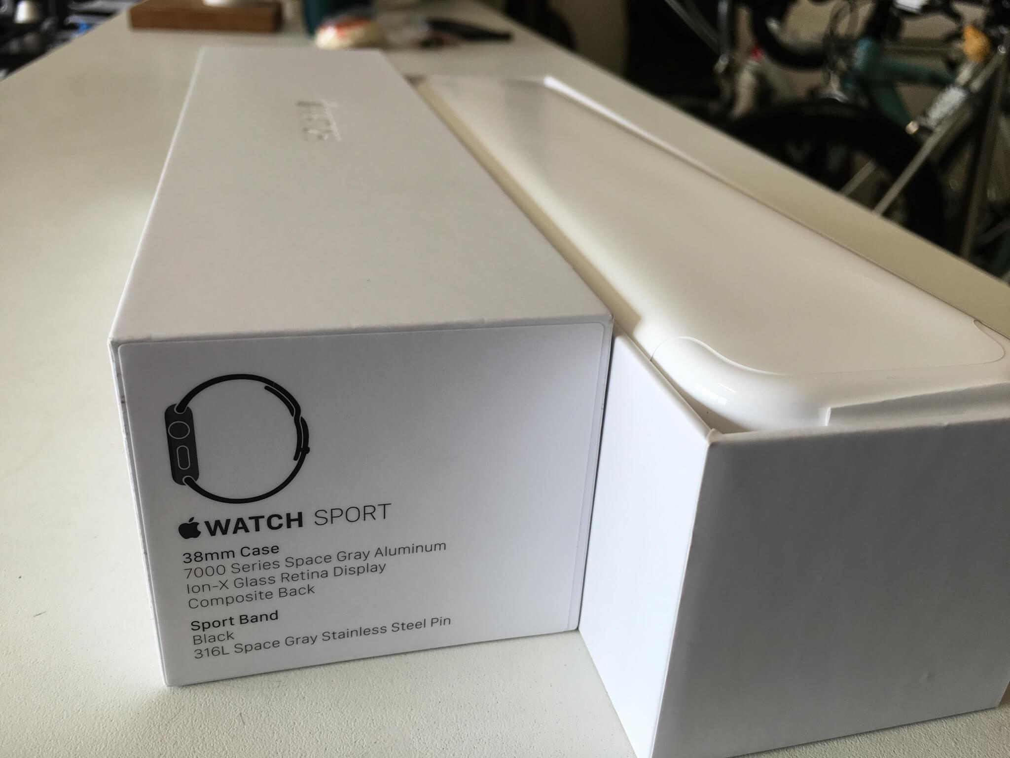 內包裝也是個純白盒裝