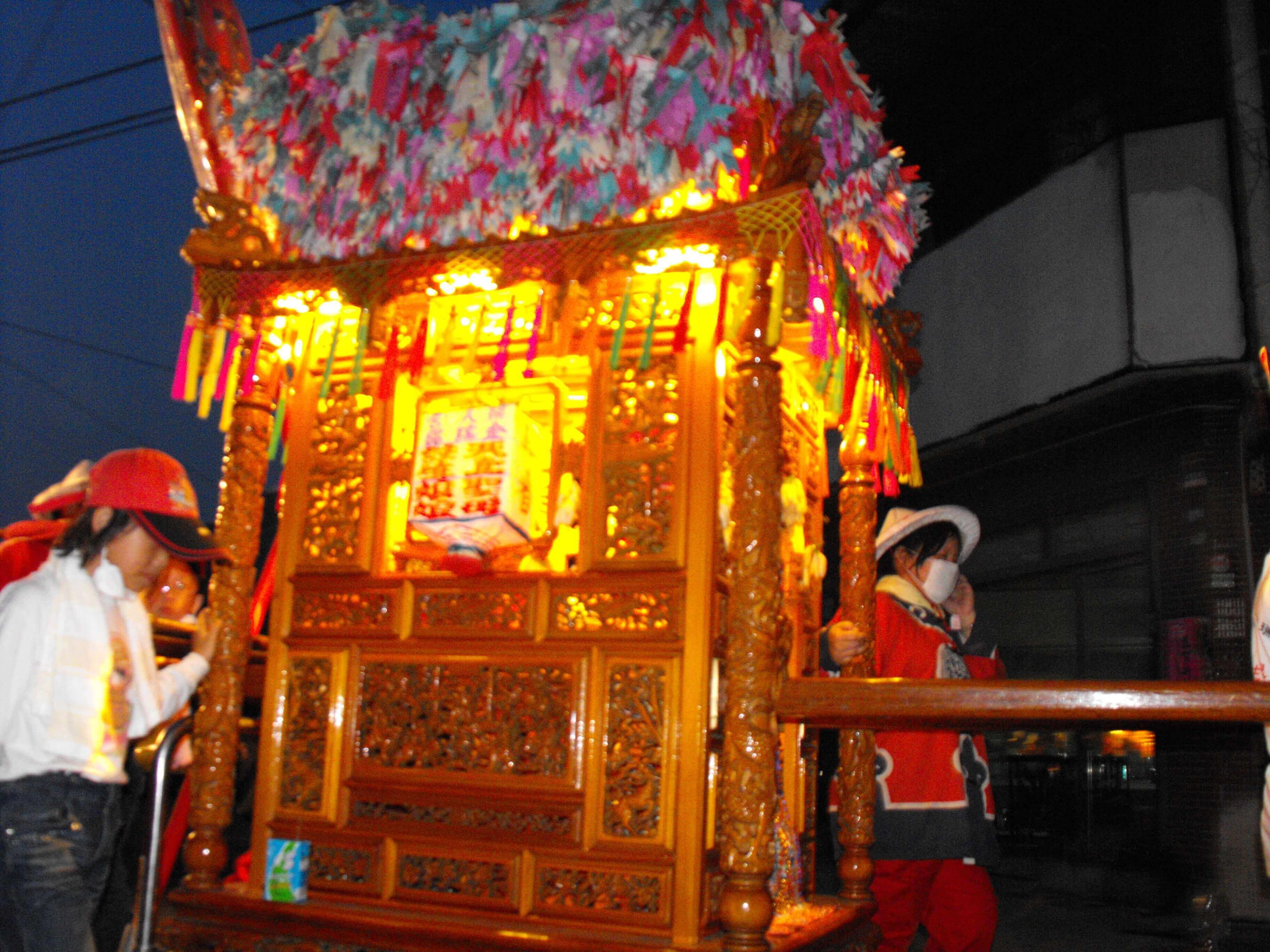 2010年 金瑞昭註生娘娘出巡北港三月十九遶境(吳政賢 攝)